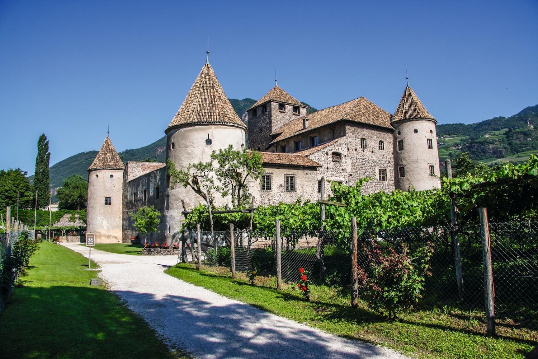 Vini dell\'Alto Adige, \'parata\' a Castel Mareccio - Etaoin MAGAZINE