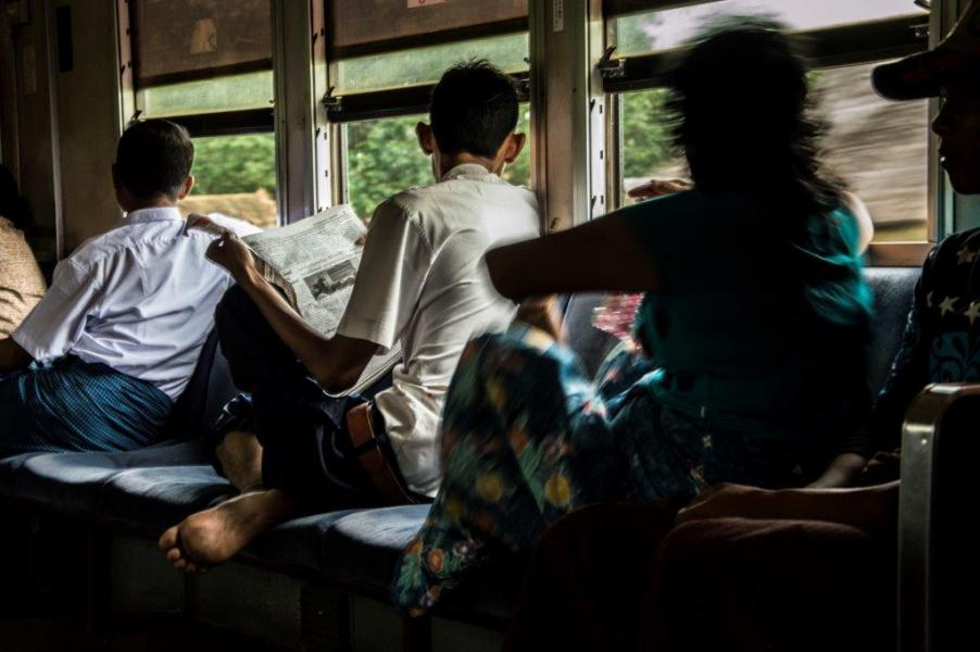 Yangon, Circular Train (photo Camilla Caparrini)