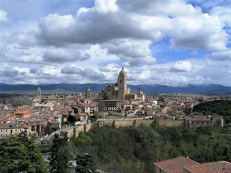 Panoramica di Segovia dal cammino di guardia dell'Alcazar (photo etaoin/morv)
