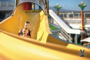 Divertimento a bordo (© Norwegian Cruise Line)